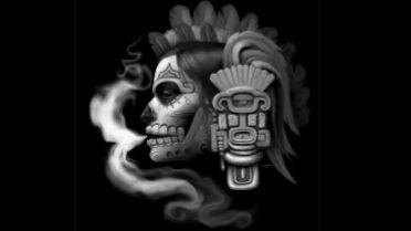 """La señora que gobierna el inframundo mexica -  """"Mic-mik""""hace referencia a la Muerte, a los Difuntos y a la Transformación, """"Cihuatl""""quiere decir mujer y""""Tlan""""significa """"en medio de"""" o """"lugar de.    En náhuatlMictecacíhuatl oMictlancíhuatl quiere decir""""Señora de la muerte"""".    Dentro de la mitología mexicana ella es la reina del último nivel del inframundo: elMictlán. Allí reina junto a Mictlantecuhtli – el rey – esperando la llegada de aquellos que mueren por causas naturales…"""