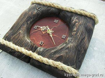 часы в деревянном обрамлении.часы Берендея. - украшения из дерева, дизайнерские часы. МегаГрад - главный ресурс мастеров и художников