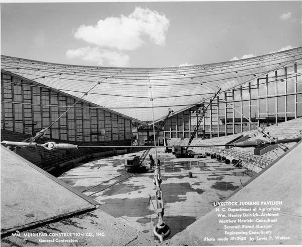 J.S. Dorton Arena (Paraboleum) arena in Raleigh, North Carolina, 1952. Maciej Nowicki.
