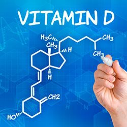 Vitamin D ist der Schlüssel für unsere Gesundheit. Bisher galt Vitamin D vor allem als Knochenstärker. Wie man nun aber entdeckt hat, gibt es in nahezu allen Organen und Geweben Vitamin D Rezeptoren, wodurch dieses einzigartige Vitamin weitreichende Auswirkungen auf die Stoffwechselprozesse im Darm, Gehirn, Herz, Pankreas, Haut, Lymphozyten, etc. hat.
