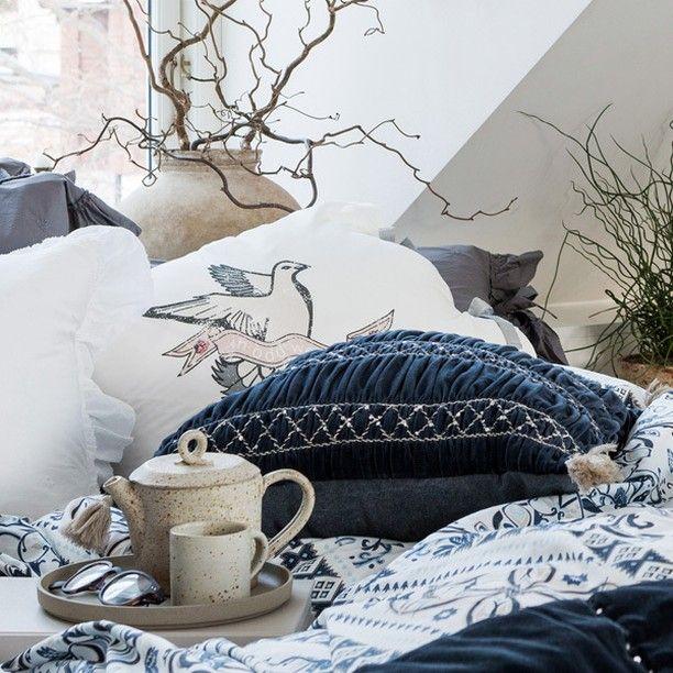 God morgon sköna helgmorgon!  Hur underbart vore det inte att vakna upp i dessa sängkläder!?  #oddmolly #homebysweden #heminredning #design #designklassiker #inredningsdetalj