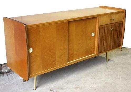Mooi retro/vintage dressoir met gouden details
