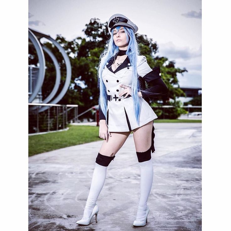 Throwback Thursday to my favourite cosplay I've ever done and means the most to me Esdeath.  #tbt #esdeath #esdeathcosplay #akamegakill #anime #animecosplay #ice #imperialarms #generalesdeath #cosplay #bekecosplay #cosplayer #blue #akamegakillcosplay #sadist #waifu #general #ladyesdeath #esdesu