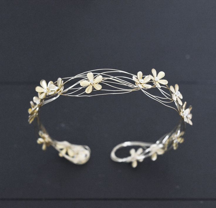 Florimond Bridal Floral Tiara For #modernbride, #coolbride by #orchideedesoie Made in France