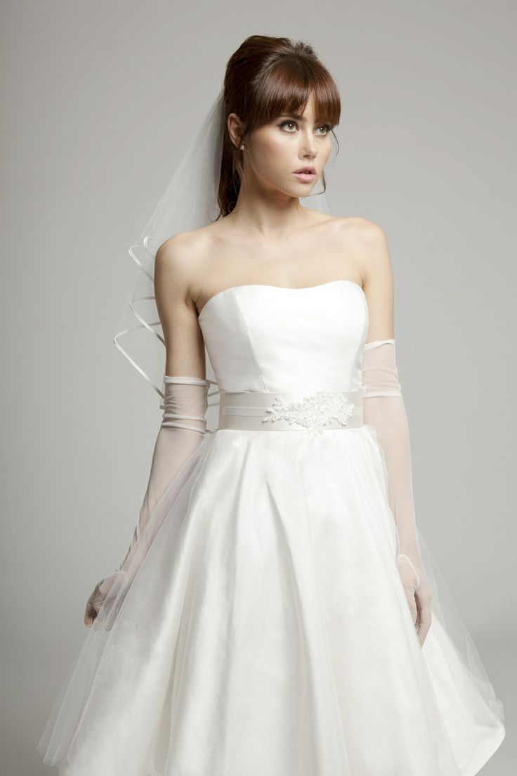 Melanie Potro Bridal Couture - Grace 50s style wedding gown