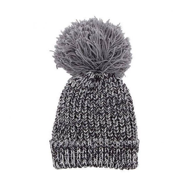 Yoins Yoins Grey Beanie Hat ($8.22) ❤ liked on Polyvore featuring accessories, hats, beanie, grey, gray beanie hat, fur hat, chunky knit hat, beanie cap and beanie cap hat