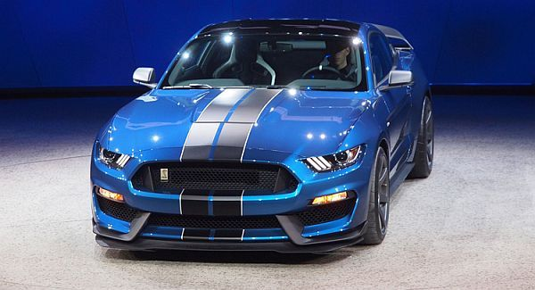 2017 Ford Shelby GT500 Price, Changes, Redesign