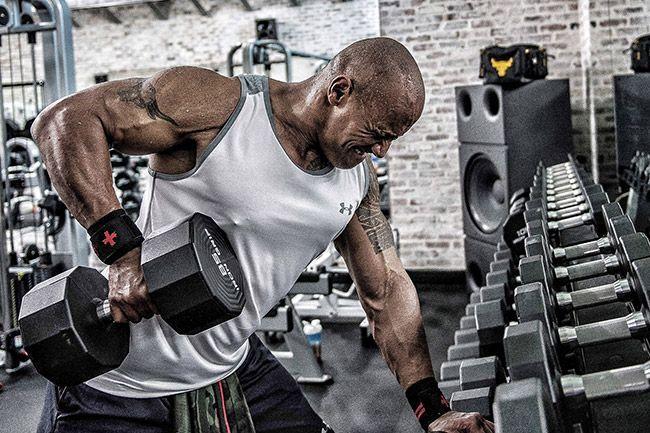 Comment et pourquoi varier ton entraînement te permettra de progresser, d'éviter les périodes de stagnations et de ne pas t'enfermer dans une routine.