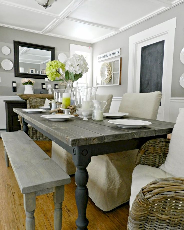 Awesome 60 Rustic Farmhouse Dining Room Furniture and Decor Ideas https://decorapatio.com/2017/07/14/60-rustic-farmhouse-dining-room-furniture-decor-ideas/