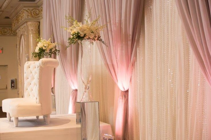 Very pretty and elegant colours and set up of decor http://www.fusion-events.ca/