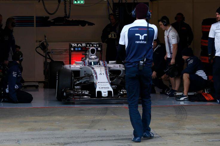 Circuit de Catalunya, Barcelona, Spain.Thursday 19 February 2015.Susie Wolff, Williams FW37 Mercedes leaves the garage.World Copyright: Alastair Staley/LAT Photographic.ref: Digital Image _79P1950 – à Circuit de Barcelona-Catalunya