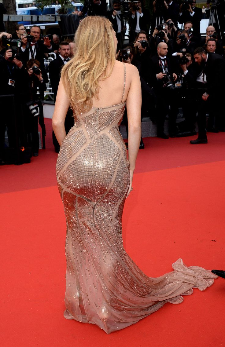 Blake Lively.... Cannes 2016 Mermaid gown HD Wallpaper From Gallsource.com