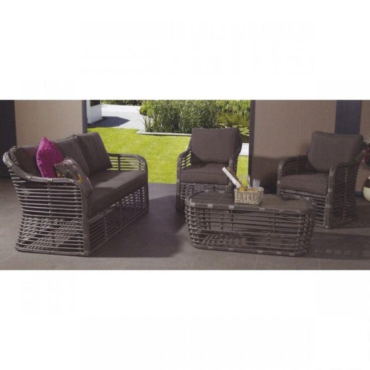 Oriental loungeset  unieke loungeset  Gemaakt van 12 mm dik rond wicker vlechtwerk  - ruime 3 persoons bank - 2 ruime loungestoelen -1 tafel met veiligheidsglas  Wordt geleverd met zit en rug kussens nu in totaal voor maar 839 euro!