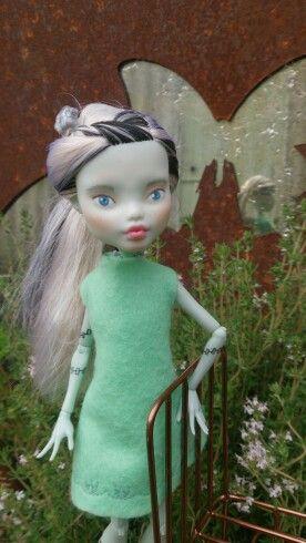 Kislany Rescue Dolls ooak Bespoke Bratz upcycled made-under repaint handmade shift