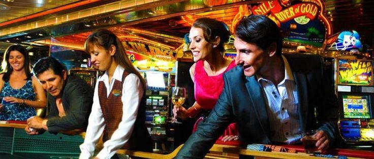 Cruceros para Singles (Solteros y Solteras) a #ISLASGRIEGAS Consulta las fechas y precios en: http://www.b2bviajes.com/viaje/vacaciones-singles/crucero-islas-griegas  Más información y reservas Vacaciones Singles (tfno. 91.5221998)