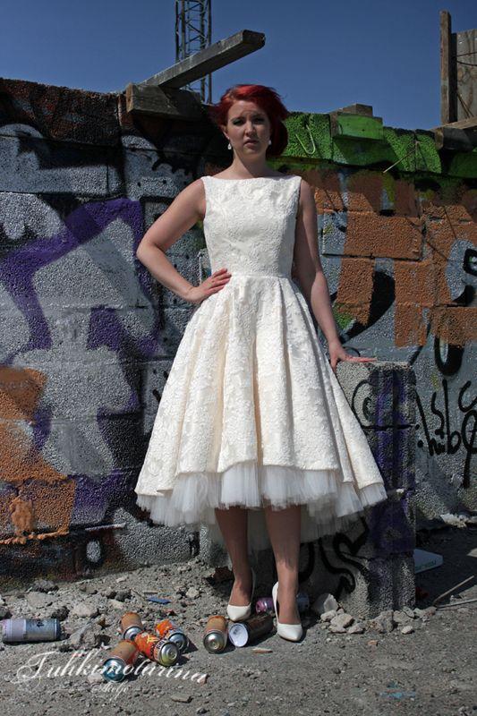 Dress: Ella, Photo: Emma Nikkanen, Model: Saana, MUAH: Emma Nikkanen