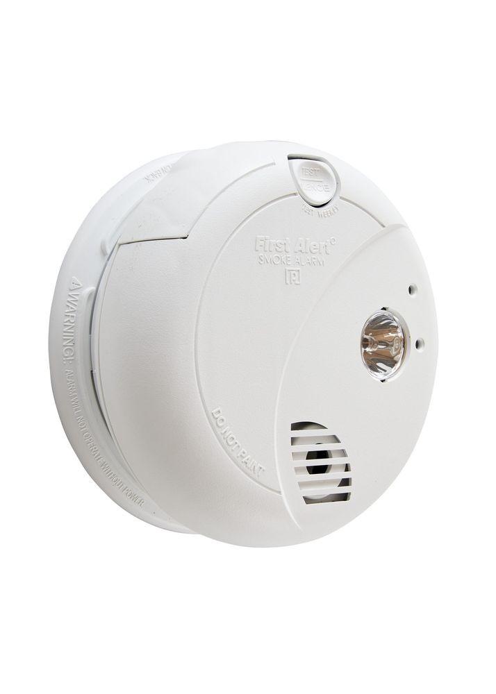 First Alert Brk 7020b Hardwire Photoelectric Sensor Smoke Alarm With Battery Smoke Alarms Photoelectric Sensor Alarm