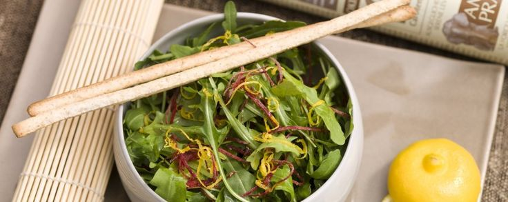 Mesclun salade met bergamot #amanvida #noblehouse #amanprana #bertijn #vegetarisch #salade #barbeque #gezond #bio #mesclun #olijfolie