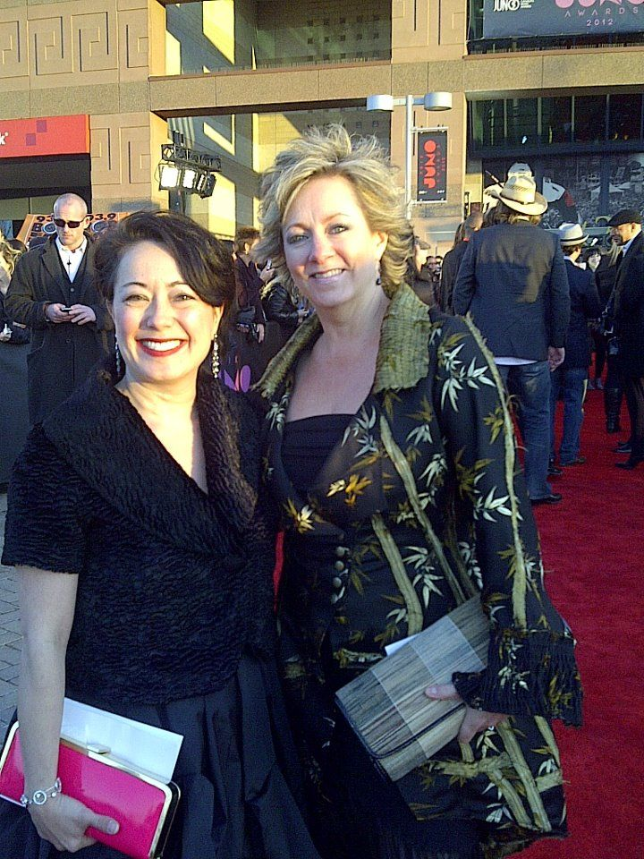 Susan Hoeppner & her publicist on Juno red carpet where the jacket garnered a lot of attention.