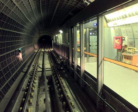 1999: Part of the Jubilee Line extension is seen at Westminster Station, with platform edge doors