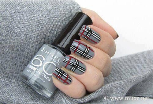 ~Ongle Burberry.