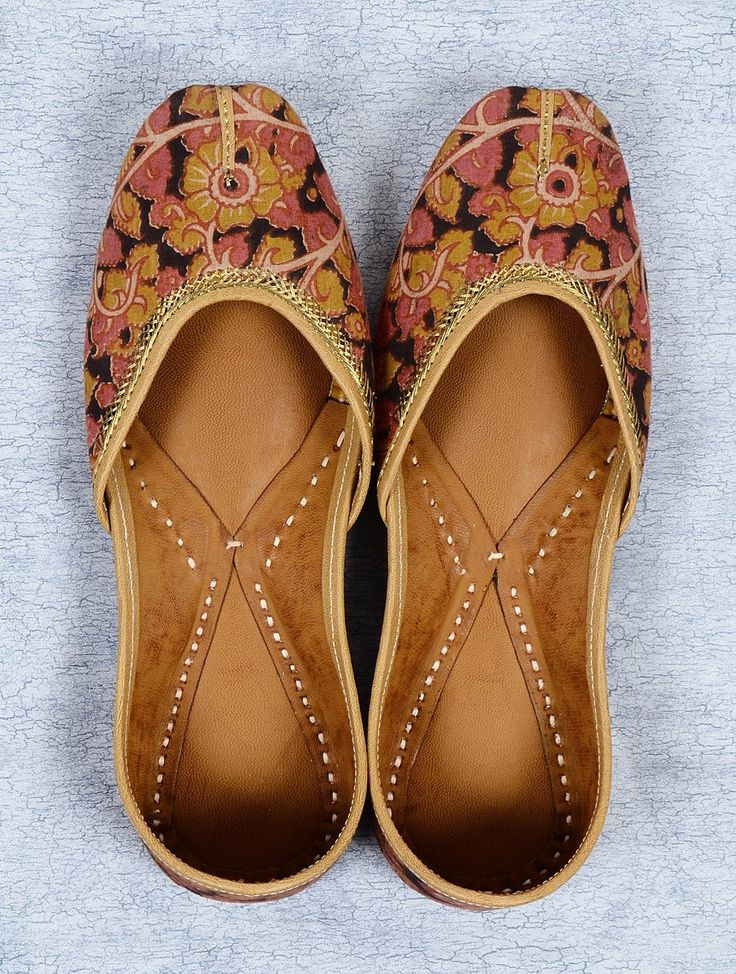 Buy Black Pink Cotton Kalamkari Hand Made Zari Embroidered Pure Leather Mojri Accessories Footwear Sole Mates Stitched Block Printed Mojaris from Sindh Online at Jaypore.com