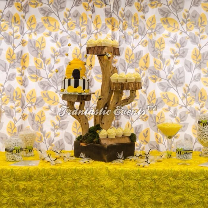 Bumble Bee Candy Table