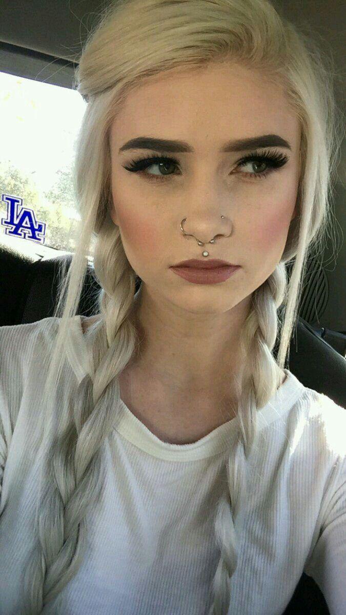 Pin By 🌜kelly Sustaita🌛 On Hair In 2019 Piercings Lip