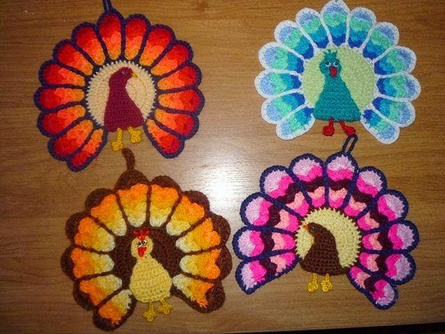 Todo crochet: Agarradera con forma de pavo real tejida al crochet - Tutorial paso a paso