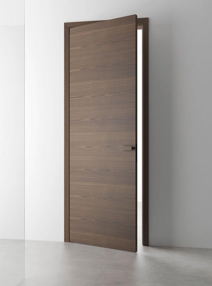 Dveře SPACE - u tohoto modelu se jednoduchá elegance a čisté linie snoubí s pečlivě vybranými přírodními materiály.