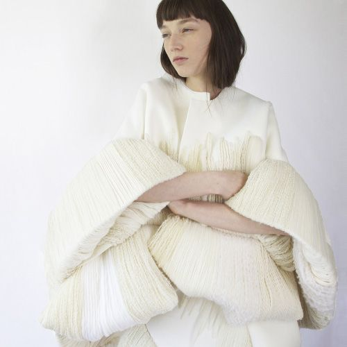 Claudia Li 蓬松廓形与流畅雕塑感 - 空白杂志 NONZEN.com