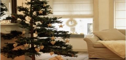 El árbol perfecto para estas Navidades puedes encontrarlo en The Outlet Room. Son artificiales, pero con acabados perfectos y realistas.