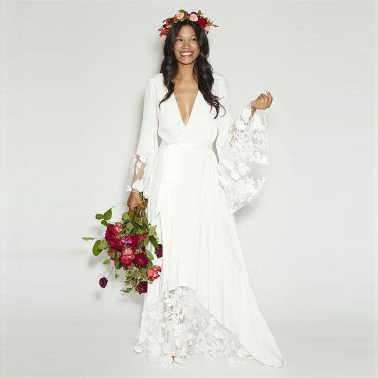 2016 Beach Boho Wedding Dresses Bohemian Plus Size Hippie Style Deep V-Neck Long Sleeves Lace Flower Bridal Gowns