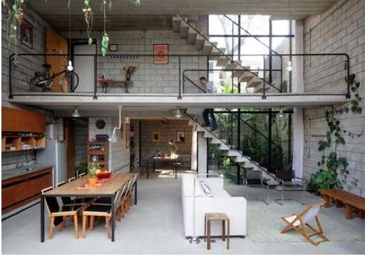 Garage styling is trending in the Maracana House. I like the openness.