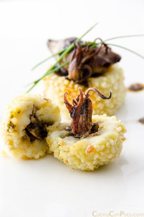 tapa de chipirones en su tinta receta. https://www.cocinaconpoco.com/crocanti-de-chipirones-en-su-tinta/#more