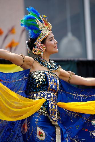 #Beautiful Indonesian Dancer #Gown. #blue