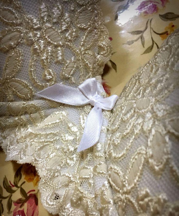 Handmade bra by Araceli Fernández