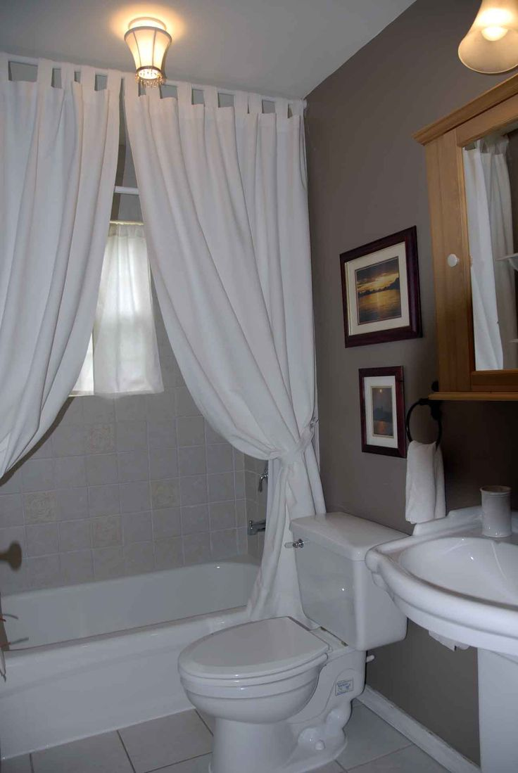 Guest Bathroom Designs | Large Third Bedroom. Shown With Queen Size Bed.