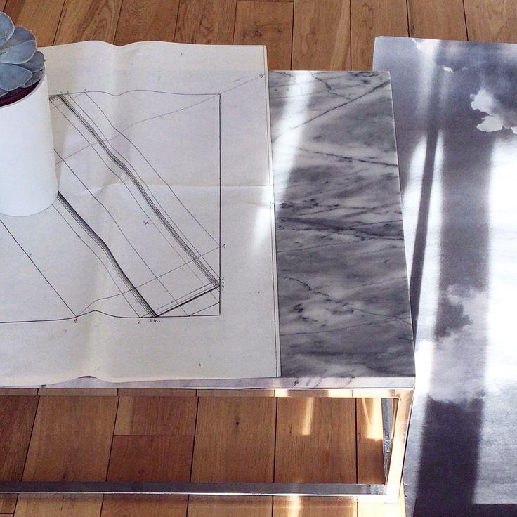 #marble #surface #sunny #studio