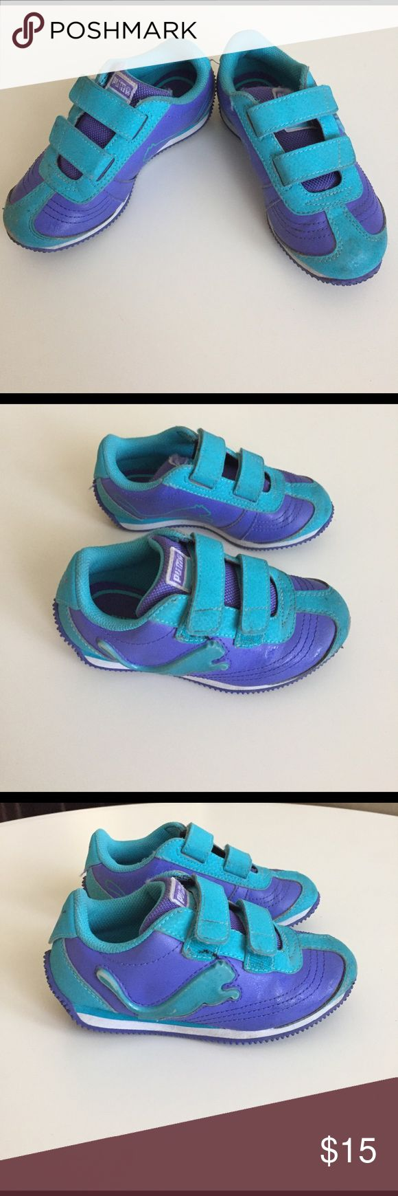 Girls Puma velcro rubber shoes sz US 11 Used few times.  In great condition except for a little scrape on the tip of right shoe. Puma Shoes Sneakers