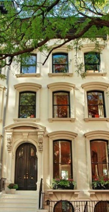Great windows in this NYC townhouse via Little Green Notebook