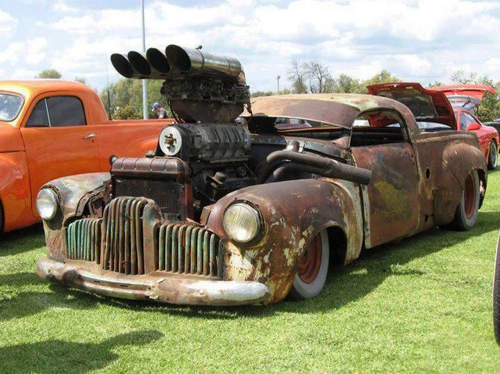 A Rat Rod Is A Style Of Hot Rod Or Custom Car That, In Most Cases, Imitates  The Early Hot Rods Of The U0026 Early