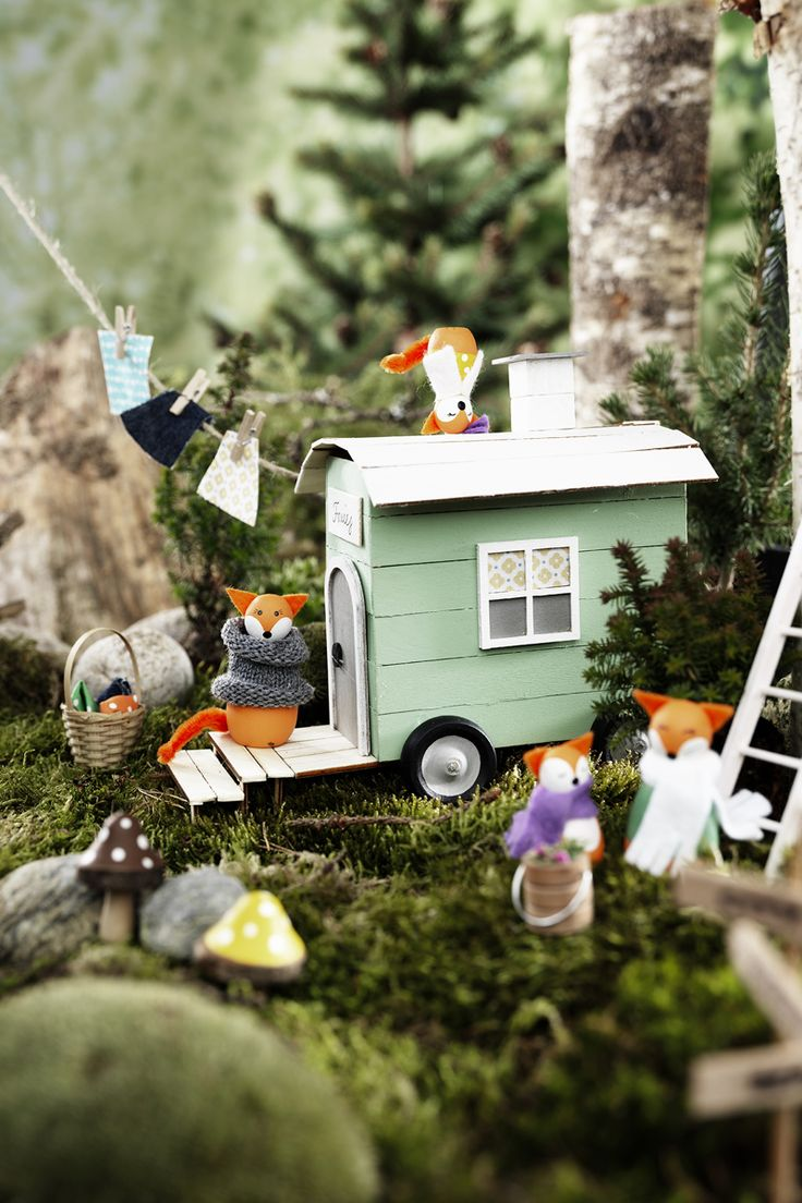 Fox camp www.pandurohobby.com Miniature worlds by Panduro #panduro #diy #miniature #miniatyr #miniland #caravan #fox #vacation  #camping #caravan #fairy #pixie #miniatures #malmö
