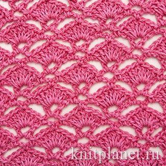 Возьмите на заметку - симпатичный узор Ракушки. Ажурный, но не слишком прозрачный. Отлично подойдет для вязания летних кофточек и платьев.