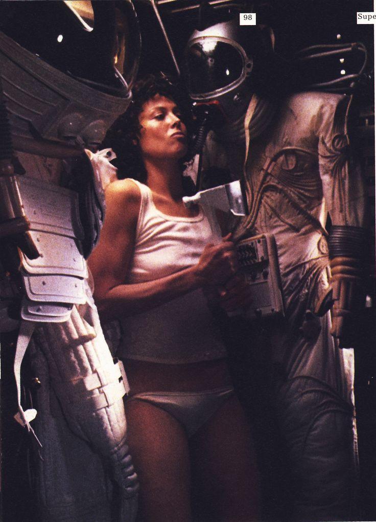 Tech nude movie bulimic girl alien in window