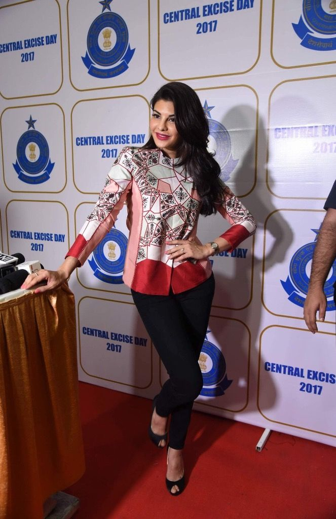 Jacqueline Fernandez Looks Super Hot At The Annual Central Excise Day Celebration in Mumbai.