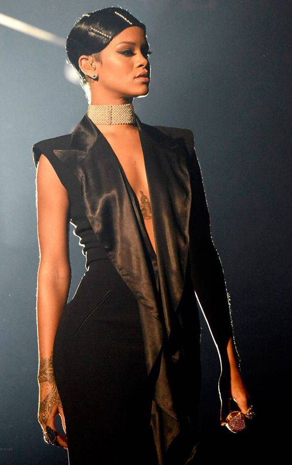rihanna black dress 2013 wwwpixsharkcom images