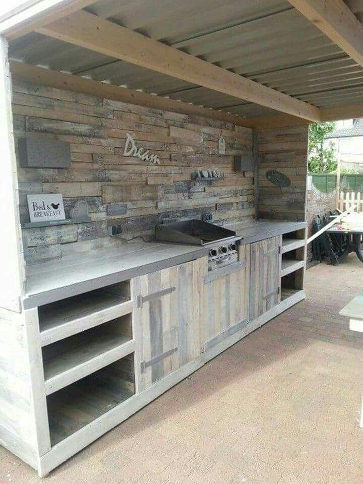 Pallet Kitchen!