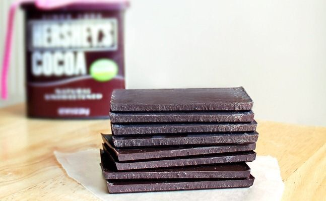 Make your own healthy chocolate bars with just 3 ingredients!
