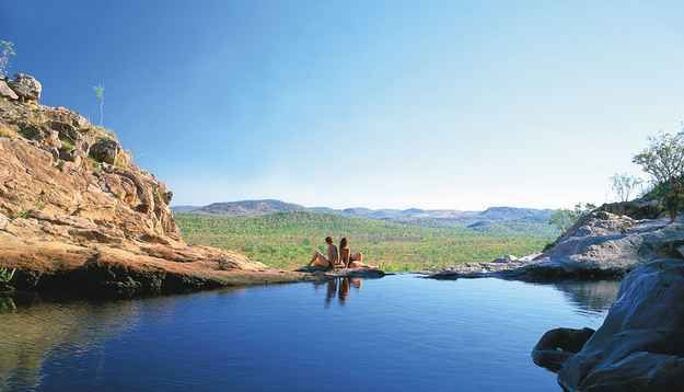 Or the spectacular view from Gunlom pool in the Northern Territory… (Romantic places in Australia)